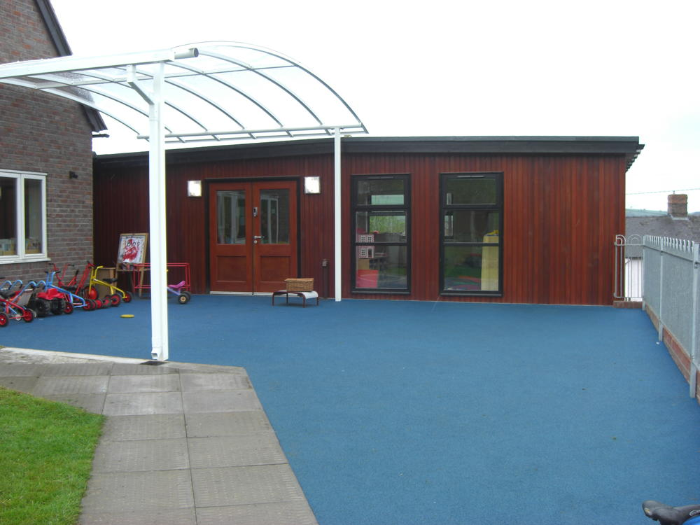 Decking And Outdoor Areas Rg Stones Buildings Ltd